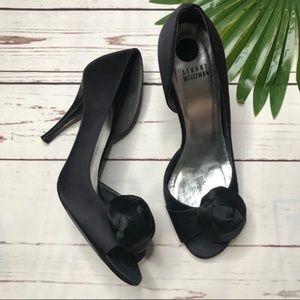 •Stuart Weitzmen• sz 9 black satin bow heels